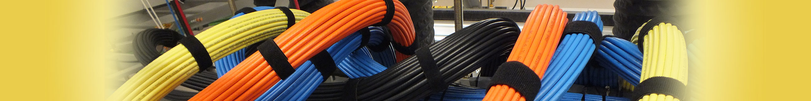 cable trays, structures cabling, data centre cabling
